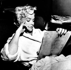 Marilyn-Monroe-marilyn-monroe-12892561-2511-2484